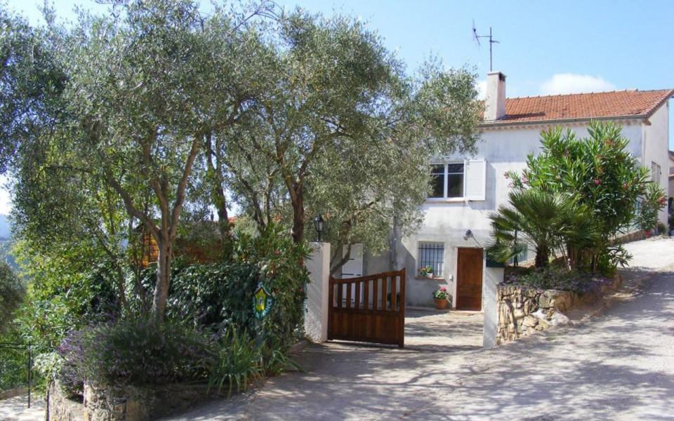Location vacances Tanneron -  Appartement - 6 personnes - Barbecue - Photo N° 1