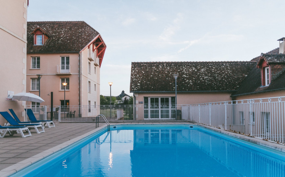 Location vacances La Roche-Posay -  Appartement - 4 personnes - Chaise longue - Photo N° 1