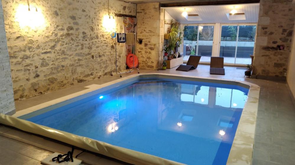 Holiday rentals Saint-Cyr-des-Gâts - Cottage - 8 persons - BBQ - Photo N° 1