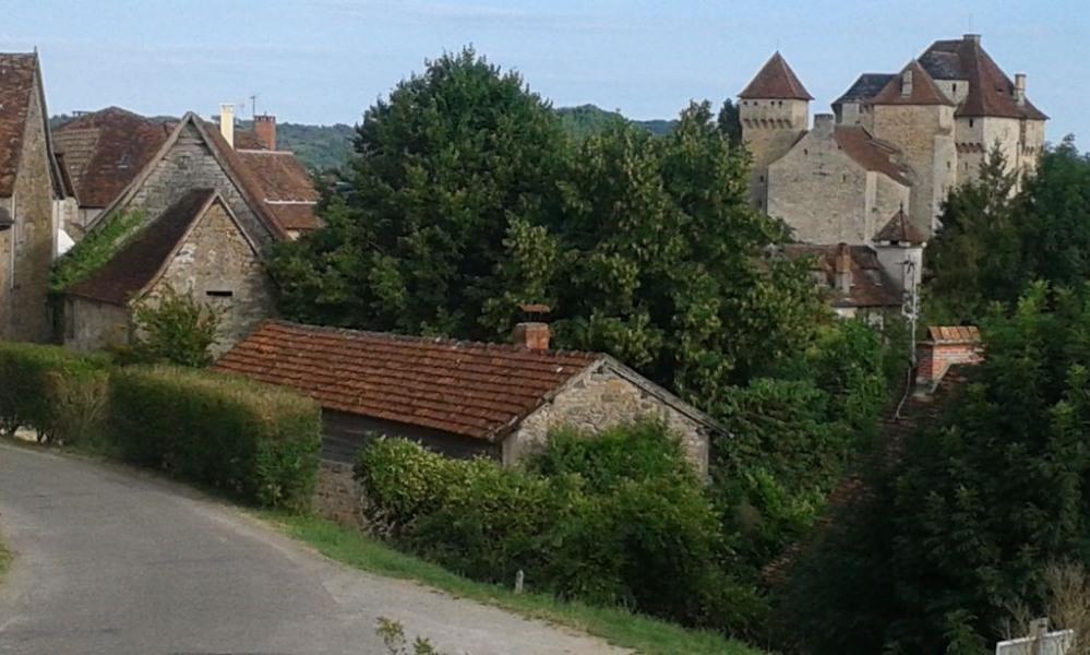 4 superbes studios à la campagne à l'entrée d'un plus beau village de France - Studio rouge